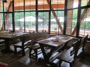 Мебель Эверест-ВИП в интерьере кафе Лесная сказка